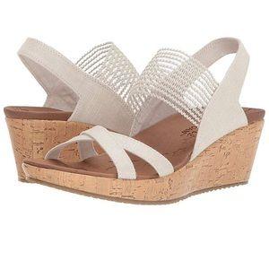 💖 NEW Skechers Luxe Foam Wedge Sandals 9